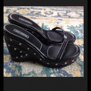 HARLEY DAVIDSON BLACK LEATHER  WEDGE SANDALS 8